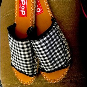 Summer Checked Slides By POP size 7